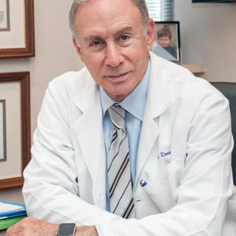 In August, Ronald Arenson, MD and department chair, announced his pending retirement in July 2017 after 25 years. His chairmanship has marked a period of growth and innovation including opening of the Mission Bay campus and industry-wide deployment of a picture archive and communications system (PACS).