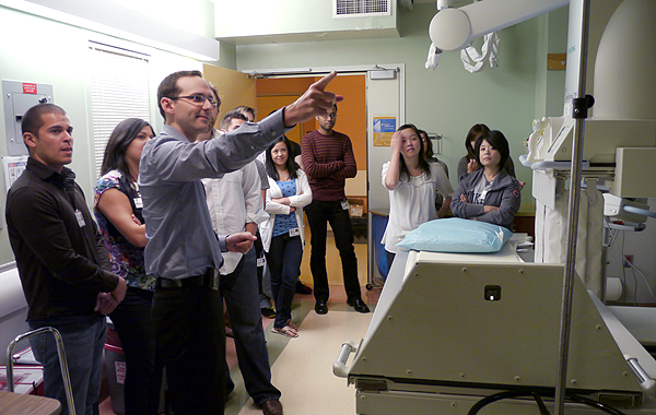David Naeger teaching Radiology Elective